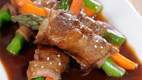 Beef Asparagus Rolls With Premium Oyster Sauce